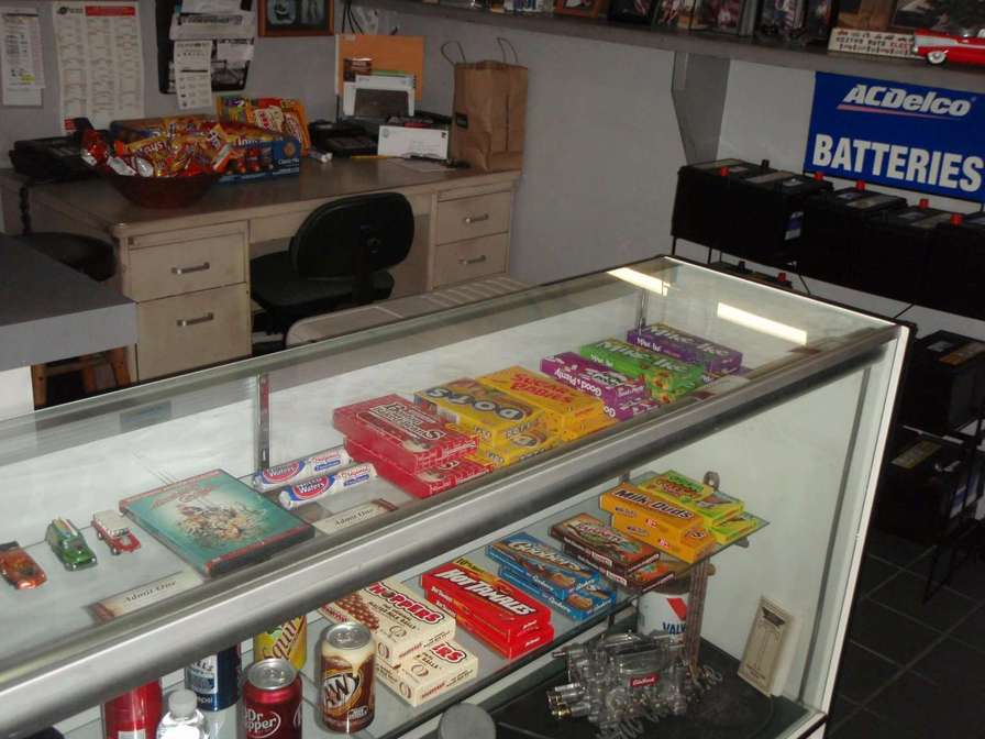 Concession_Stand_001.jpg